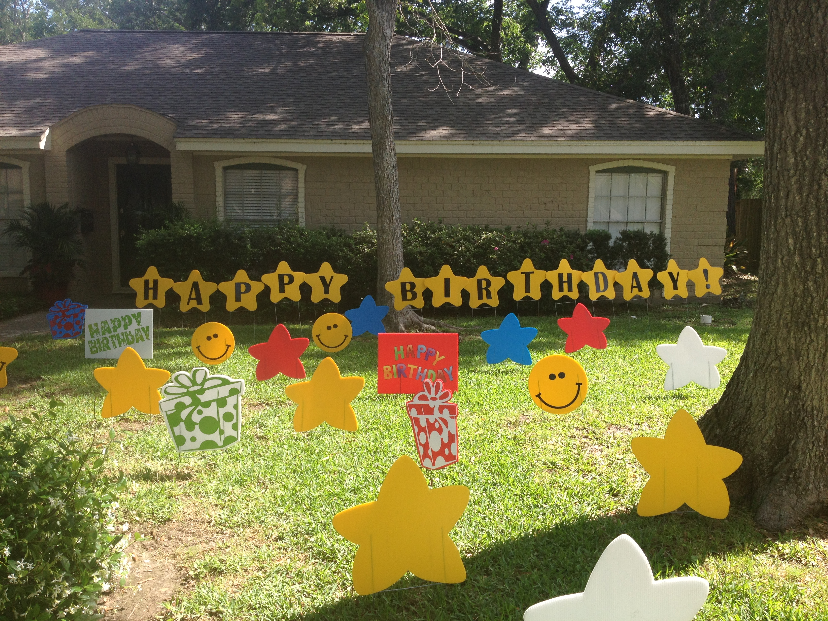 some yard display examples
